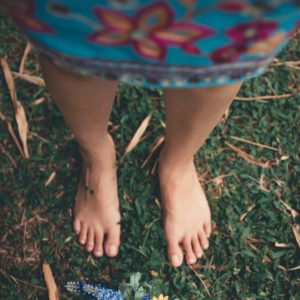 Discover Why Earthing Is a Hot New Health Trend