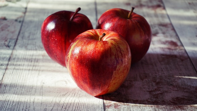 Apples - Crunch Your Way to Healthy Nutrition