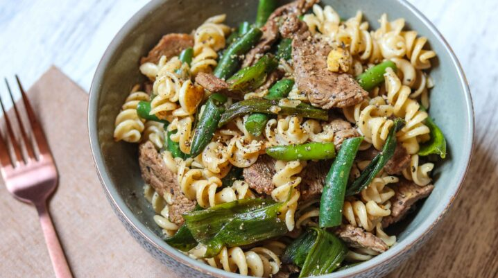 Beef, Green Beans & Rotini Pasta in Soy Sauce