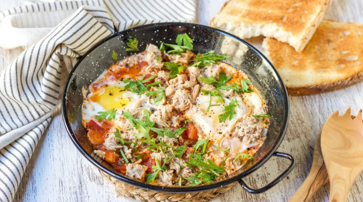 Low Hassle Tuna on Egg and Tomato Skillet