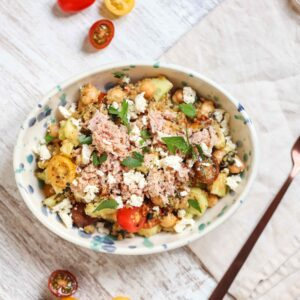 Tuna & Quinoa Tossed Salad (Quick -N- Easy)